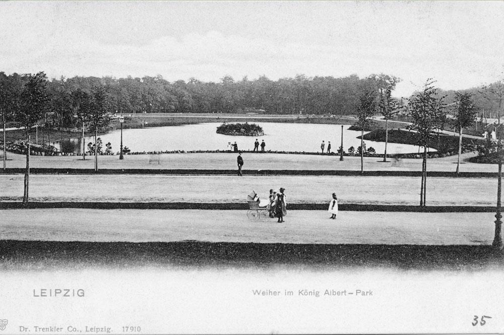 Spaziergänger im König-Albert-Park. Foto: Stadtarchiv