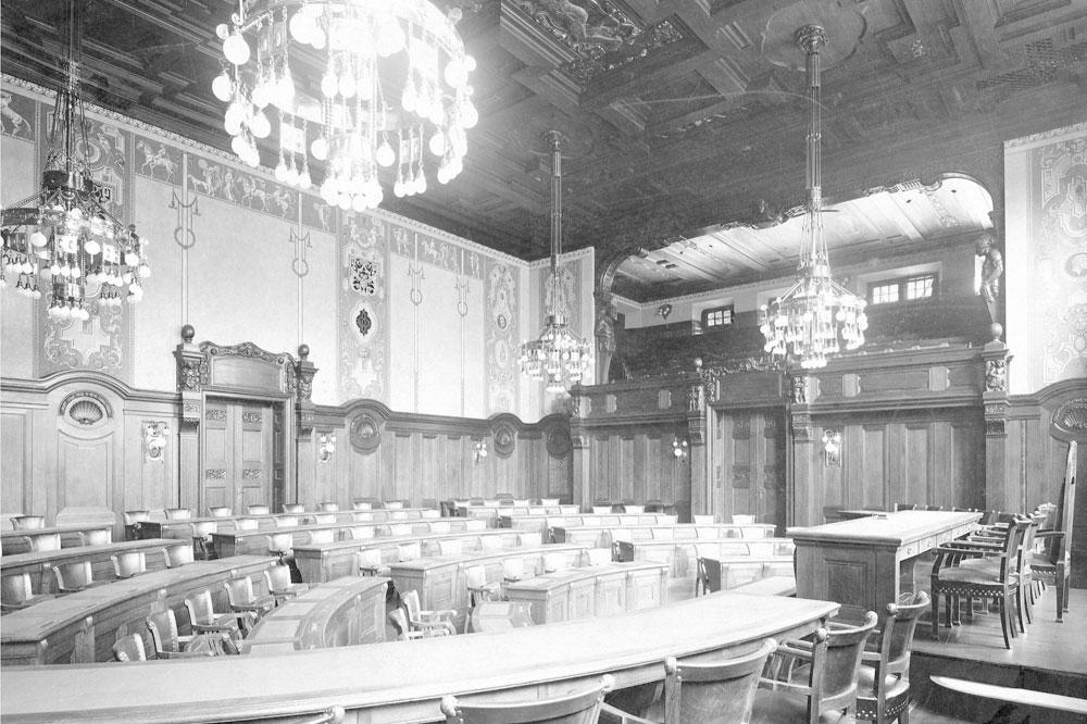 Leipzig im Juli 1914: Simsalabim in Connewitz, Militärmusik im Felsenkeller