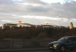 Weithin sichtbare Zeichen am Zentralstadion in Leipzig. Foto: L-IZ.de