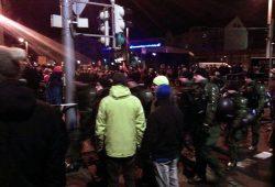 Legida ist vorbei und auch die Gegendemonstranten gehen langsam auseinander. Foto: Melo