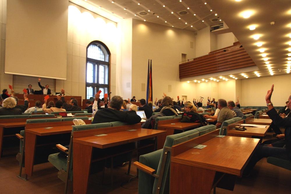 Abstimmung in der Leipziger Stadtverordnetenversammlung.