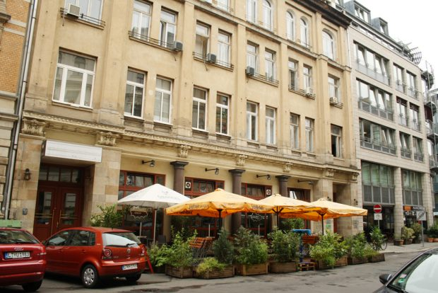 Das einstige Theaterhaus Gottschedstraße 16. Foto: Ralf Julke