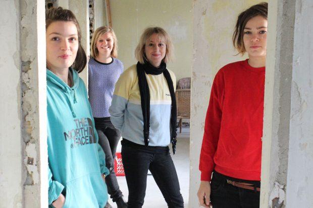 Die Damen von Hostel & Garten Eden: v.l. Eva, Gabriela, Jule, Thea. Foto: Volly Tanner
