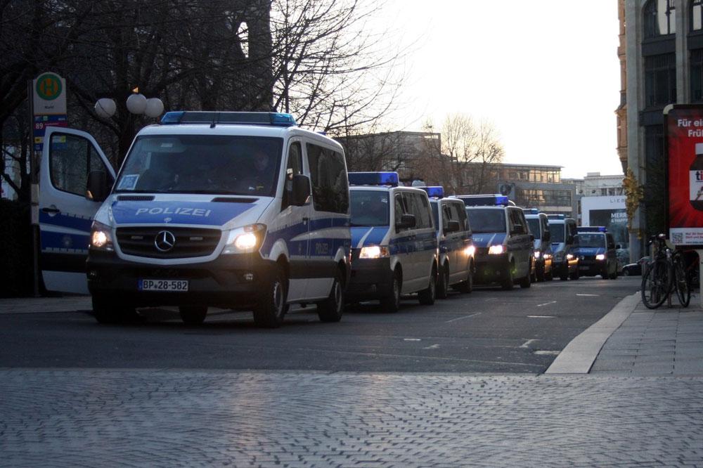 Die Polizei sicherte die Kundgebung mit großem Aufgebot.