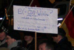 Politik hat fertig - Immer wieder werden nicht arbeitende Politiker und Politikversagen angeprangert. Foto: L-IZ.de
