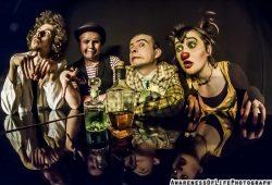 """Clownskabarett """"Des Wahnsinss fette Beute"""". Foto: Awareness Of Life Photography"""
