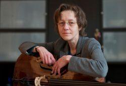 Professorin Veronika Wilhelm, die stellvertretende Solo-Cellistin des Gewandhausorchesters. Foto: Gerd Mothes