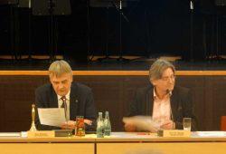 Markkleebergs Oberbürgermeister Karsten Schütze und Bürgermeister Dr. Philipp Staude in der Markkleeberger Februar-Stadtratssitzung. Foto: Patrick Kulow