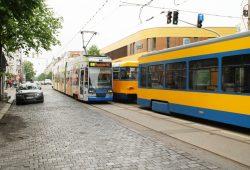 Straßenbahnen in der Könneritzstraße. Foto: Ralf Julke