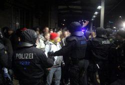 Legida am 9. Februar 2015 am Hauptbahnhof. Foto: L-IZ.de