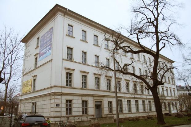 Das sanierungsreife Haus an der Lortzingstraße. Foto: Ralf Julke