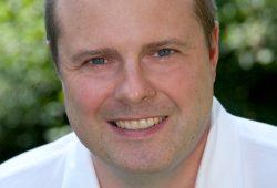 Professor Dr. med. Ingolf Schiefke ist Leiter des Darmkrebszentrums. Foto: Klinikum St. Georg