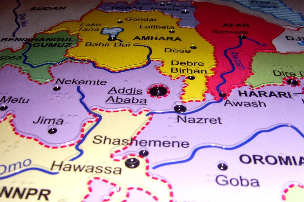 36 Braille-Landkarten gehen auf die Reise. Foto: Städtepartnerschaft Leipzig - Addis Abeba