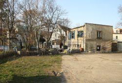 Rückseite der Gebäude an der Zschocherschen Straße 12 und Garten Annalinde. Foto: Ralf Julke