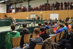 Die Leipziger Tischtennis-Füchse trugen ihr Heimspiel diesmal in Graupa aus. Foto: Lars Wittchen