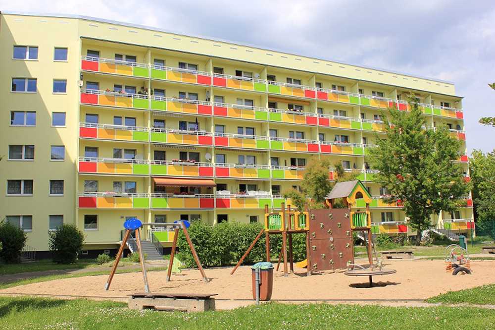 Sanierter Wohnblock in der Uranusstraße in Grünau. Foto: Swenia Teichmann