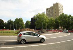 Der Kreisel Karl-Tauchnitz-Straße 2014 im Bau. Foto: Ralf Julke