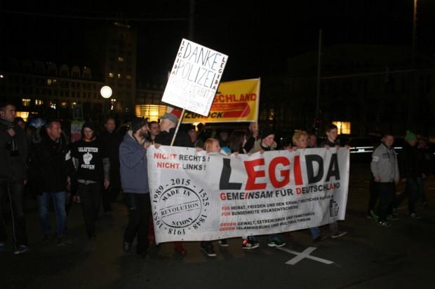 Der übliche Dank an die Polizei bei Legida. Foto: L-IZ.de