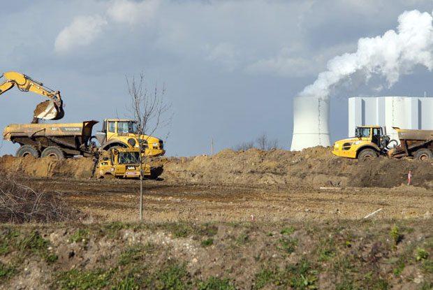 Devastierung durch Kohle-Aubbau. Foto: Matthias Weidemann