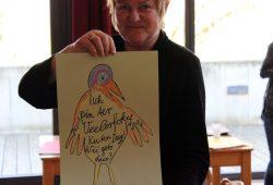 Christine Richter mit dem ganz besonderen Tier. Foto: Volly Tanner