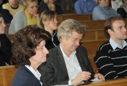 Dr. Eva-Maria Stange und Professor Wieland Kiess während der Bilanz der LIFE-Studie. Foto: M. Weidemann