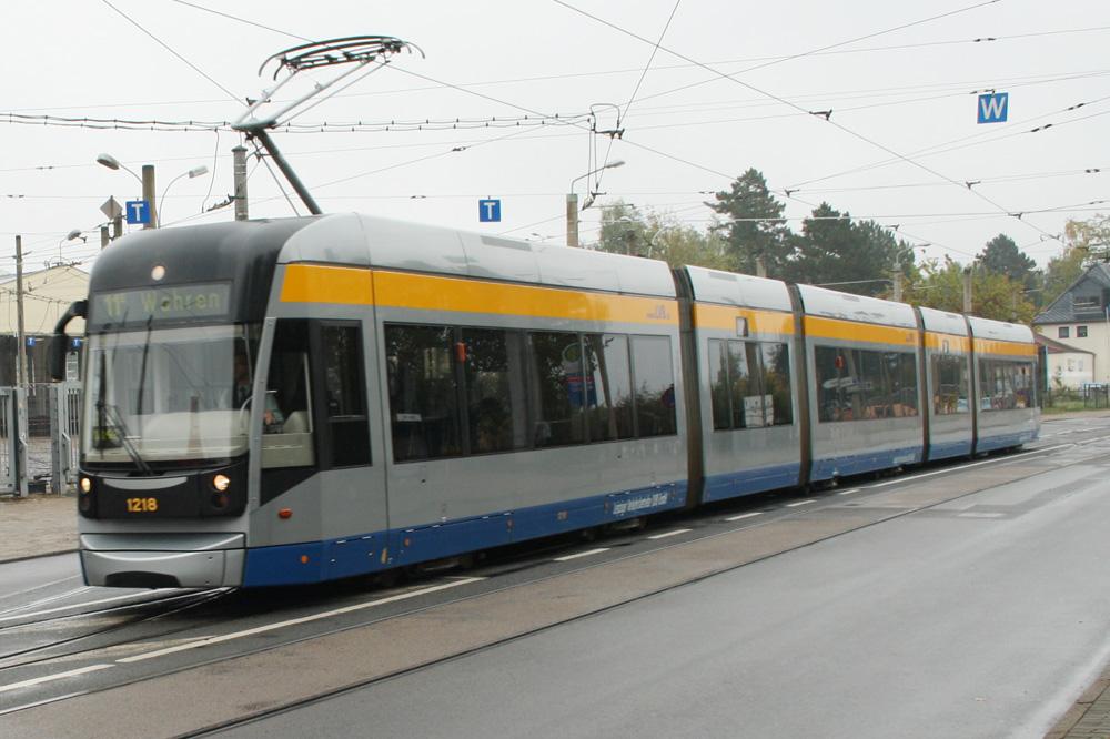 Straßenbahn der Linie 11 in Dölitz. Foto: Ralf Julke