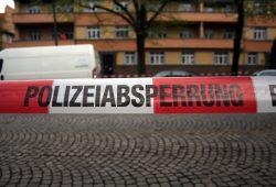 Polizeiabsperrung. Foto: Alexander Böhm