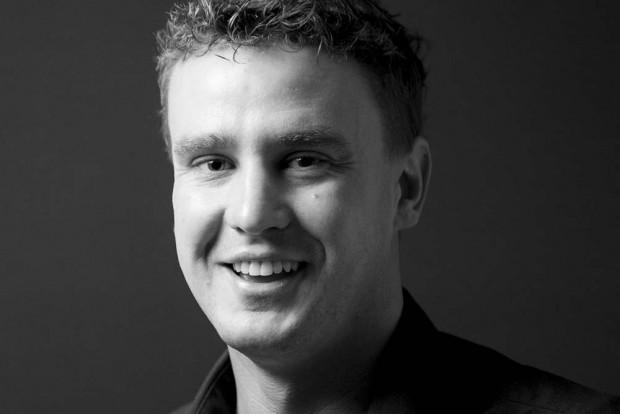 """Robert Claus ist Mitarbeiter der Kompetenzgruppe """"Fankulturen und Sport bezogene Soziale Arbeit"""" an der Universität Hannover. Foto: Privat"""