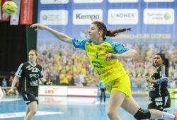 Joanna Rode (hier im Spiel gegen Celle) musste mit einem gebrochenen Daumen vom Feld. Foto: Jan Kaefer