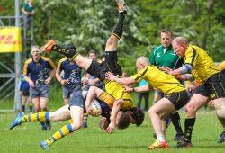 Spektakuläre Szene in einem hart umkämpften Halbfinale. Foto: Jan Kaefer