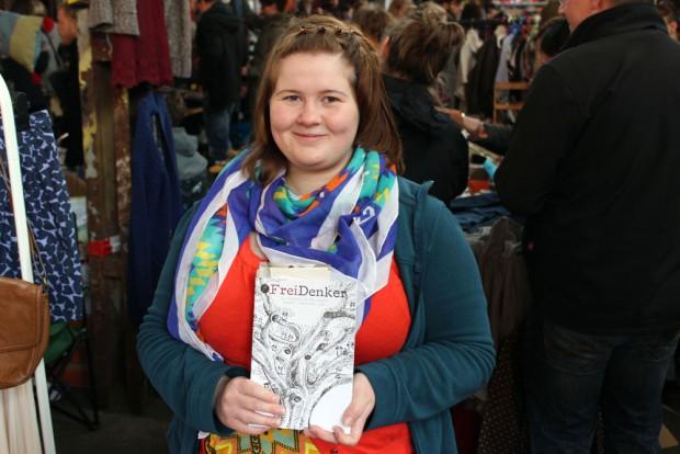 Lea-Louisa Kolodzie: Mittlerweile bekommen wir Texte aus ganz Deutschland und haben im FreiDenker schon über 100 verschiedenen Autoren die Möglichkeit gegeben, ihre Werke zu präsentieren. Foto: Volly Tanner