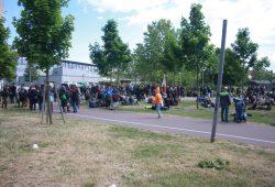 Kundgebung im Stadtteilpark Rabet. Foto: Alexander Böhm