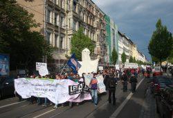 Demonstration auf der Eisenbahnstraße. Foto: Alexander Böhm