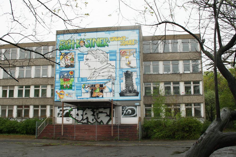Das ehemalige Gebäude der Kästnerschule wird ab Herbst zur Außenstelle des Schillergymnasiums. Foto: Ralf Julke