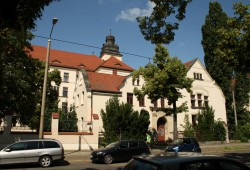 Schon kurz nach Eröffnung rappelvoll: die Louise-Otto-Peters-Schule in Connewitz. Foto: Ralf Julke