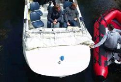 Motorboote begegnen sich im Floßgraben. Videostill/Autor: Olaf Maruhn