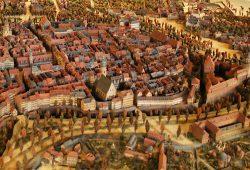 Das Merzdorfsche Stadtmodell von 1822 im Alten Rathaus von Westen aus betrachtet. Foto: Ralf Julke