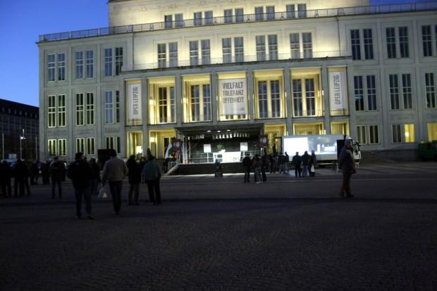 Die Oper Leipzig beteiligte wiederholt an Protesten gegen Legida. Foto: L-IZ.de