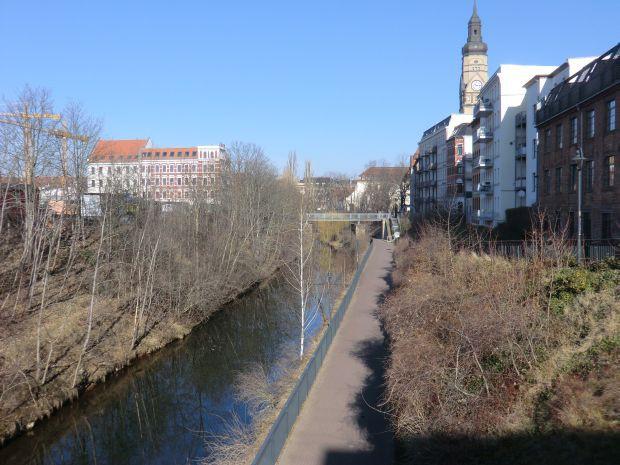 Der Karl-Heine-Kanal, fertiggestellt 1864, im Jahr 2014. Foto: Marko Hofmann.