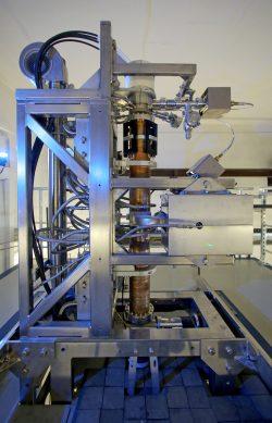 Der neue 10MeV-Elektronenbeschleuniger im IOM. Foto: IOM