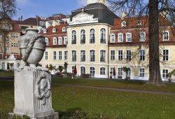 Gellert-Sulzer-Denkmal im Garten des Gohliser Schlösschens. Foto: Helga Schulze-Brinkop