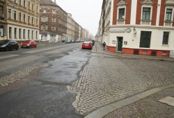 Georg-Schwarz-Straße an der Ecke Pfingstweide. Foto: Ralf Julke