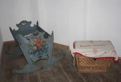 Kinderwiege in der Türmerwohnung der Thomaskirche. Ernst-Ulrich Kneitschel