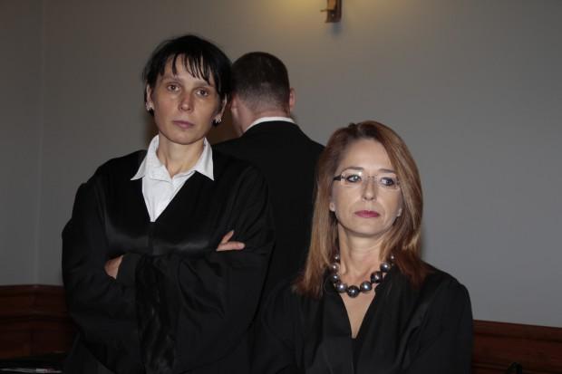 Die Verteidigerinnen Doreen Blasig-Vonderlin und Ines Kilian erwirkten die Aussetzung der Hauptverhandlung. Foto: Martin Schöler