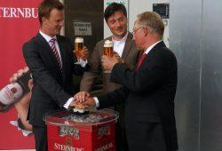 vl: Geschäftsführer Martin Zapf, Betriebsleiter Uwe Reins und Heiko Rosenthal. Foto: Sternburg Brauerei