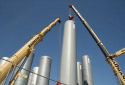 2014 auf dem Gelände Arno-Nitzsche-Straße der Stadtwerke errichtet: neue Fernwärmespeicher. Foto: Ralf Julke
