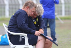 Die Lok-Trainer Rüdiger Hoppe (li.) und Heiko Scholz. Foto: Jan Kaefer