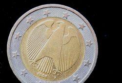 Jedes Jahr kostet das Desaster der Sachsen LB die Bürger noch immer dreistellige Millionenbeträge. Foto: Ralf Julke