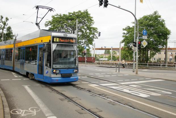 Fährt im Sommer nicht durch die Eisenbahnstraße: Linie 8. Foto: Ralf Julke