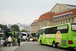 Der heutige Busparkplatz auf der Ostseite des Hauptbahnhofes. Foto: Ralf Julke